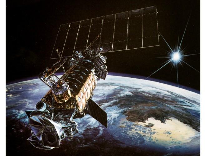 پروژه کنترل فعال ارتعاشات در پنل ماهواره نمونه با استفاده از عملگر و سنسور پیزوالکتریک با استفاده از نرم افزار MATLAB